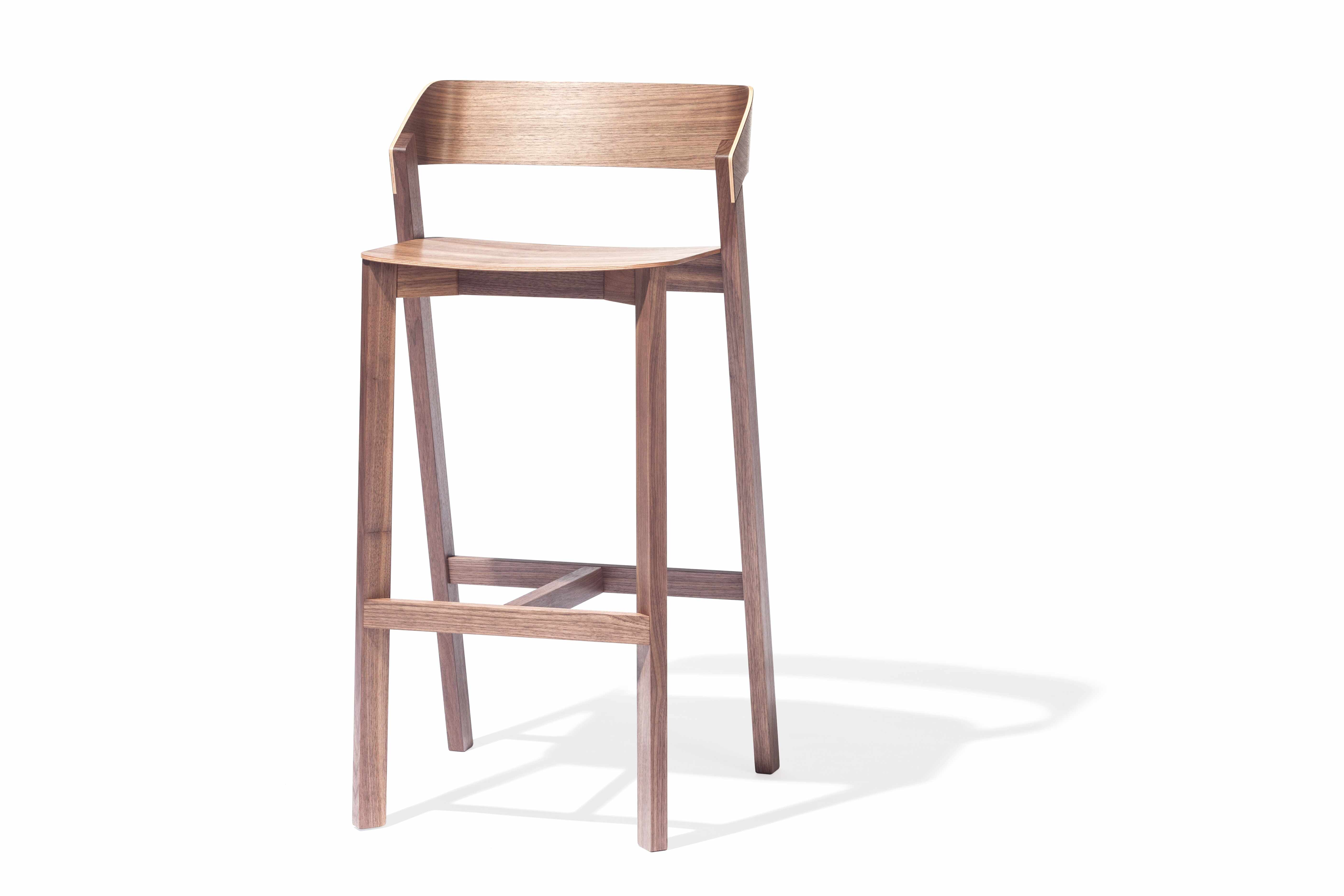 Scaun de bar din lemn de nuc Merano High Walnut, l44xA36xH99 cm la pret 6500 lei