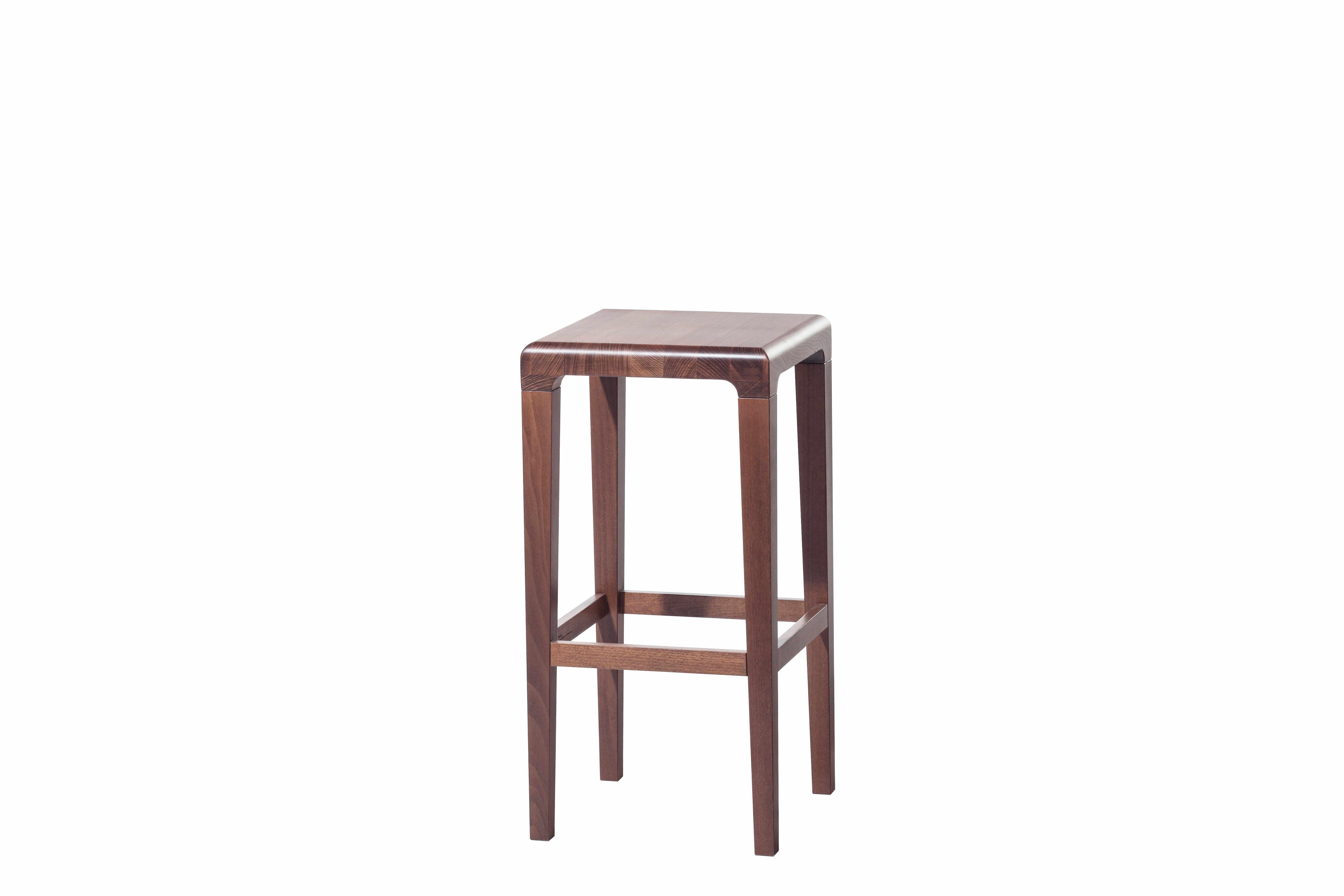 Scaun din lemn de stejar Rioja Brown Small, l32xA32xH64 cm la pret 1387 lei