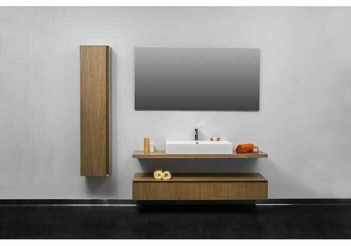 Dulap inalt suspendat Formmat Slim Lux lemn stejar 160x35 cm la pret 2183.65 lei