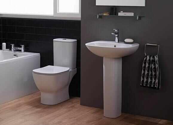Set complet vas wc cu rezervor si capac softclose Ideal Standard Tesi Aquablade la pret 1099 lei