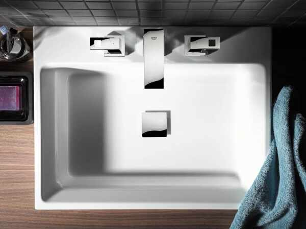 Lavoar pe blat Grohe Cube Ceramic cu PureGuard 50x49 cm la pret 899 lei