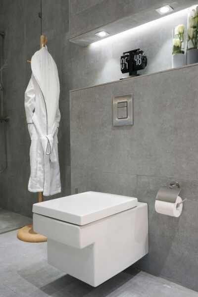 Set vas toaleta suspendat Grohe Cube Ceramic Triple Vortex Rimless cu PureGuard si capac softclose la pret 2399 lei