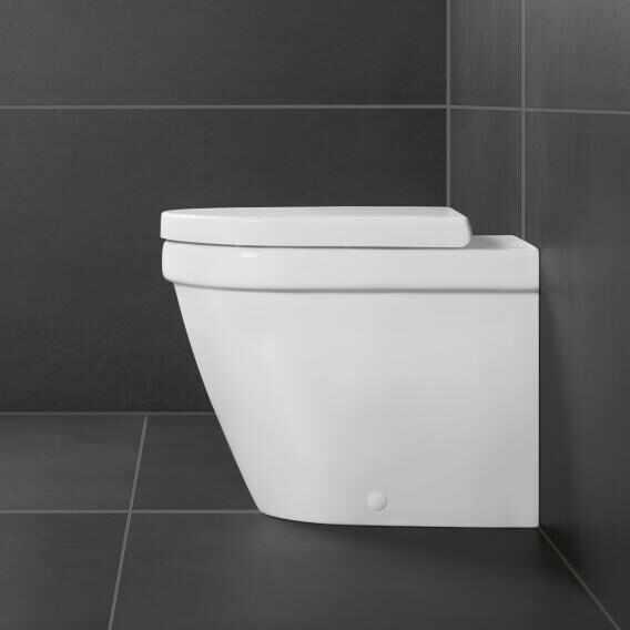 Set vas wc pe pardosela btw VilleroyBoch Architectura DirectFlush cu capac duroplast la pret 1649 lei
