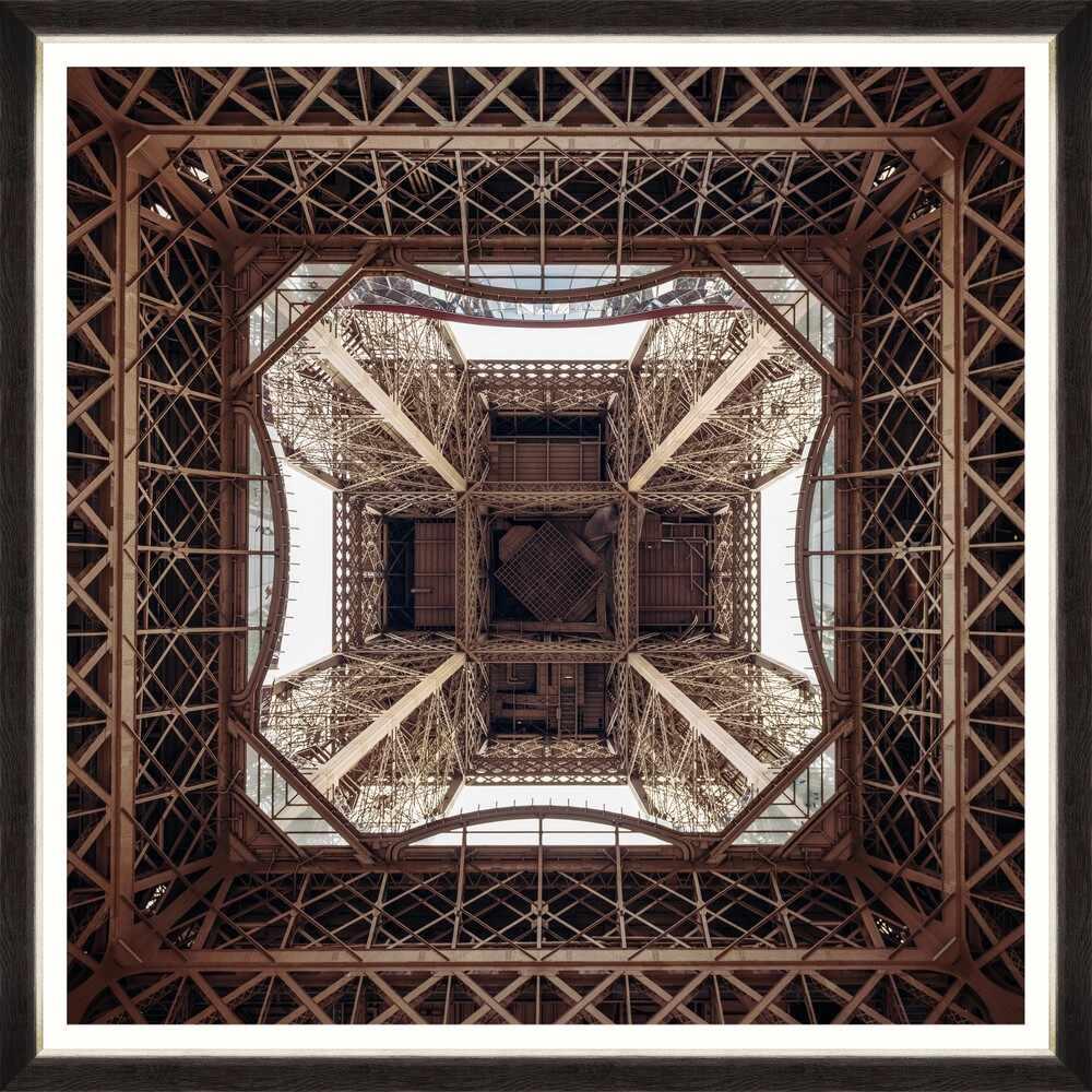 Tablou Framed Art Bellow Eiffel Tower la pret 436 lei
