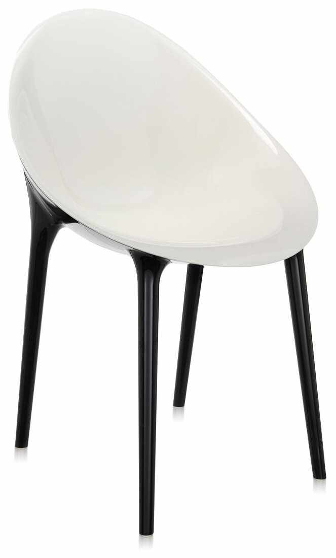Scaun Kartell Super Impossible design Philippe Starck alb-negru