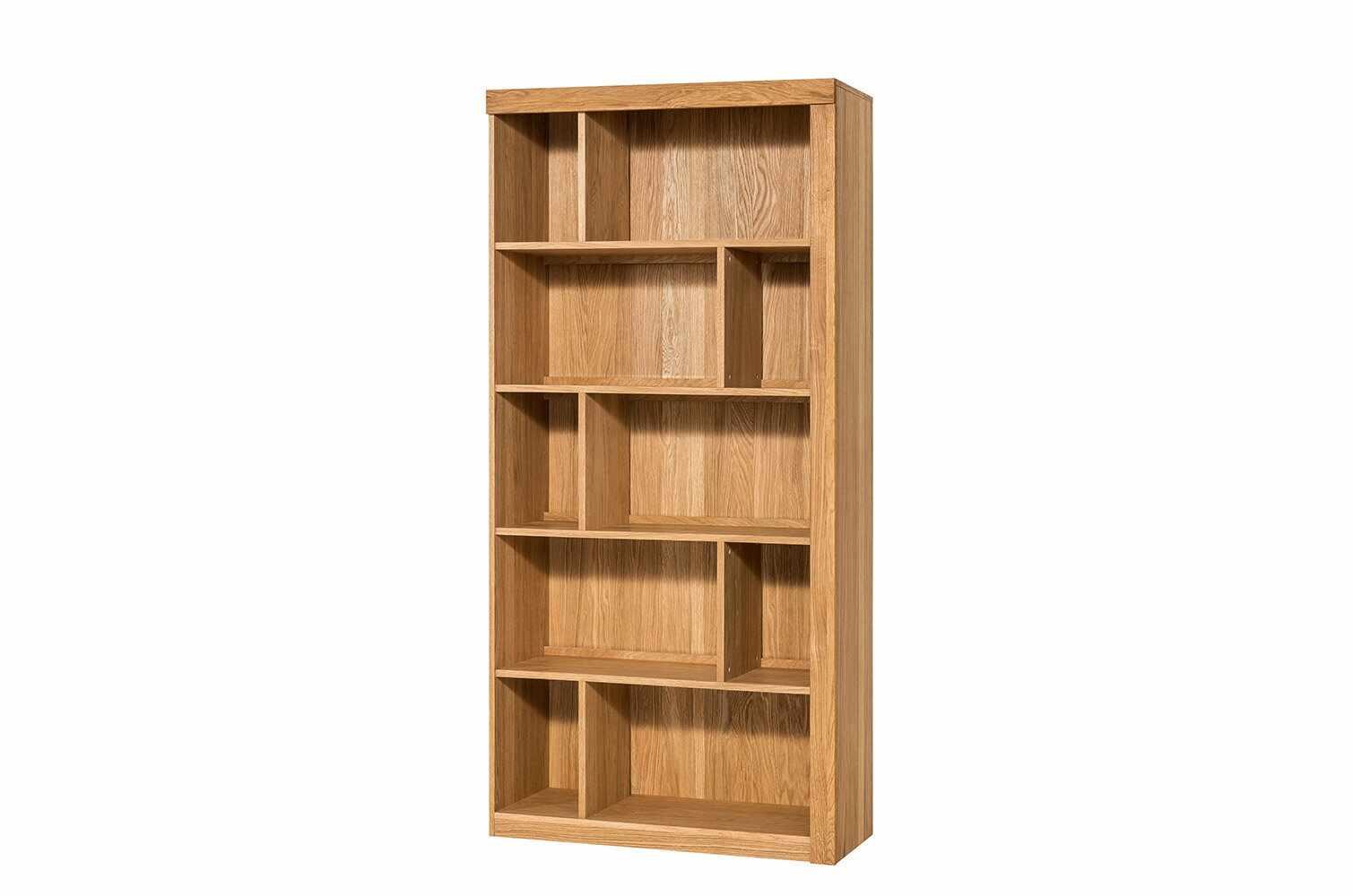 Biblioteca din lemn de stejar si furnir Velle 16 Oak, l95xA42xH202 cm la pret 2748 lei