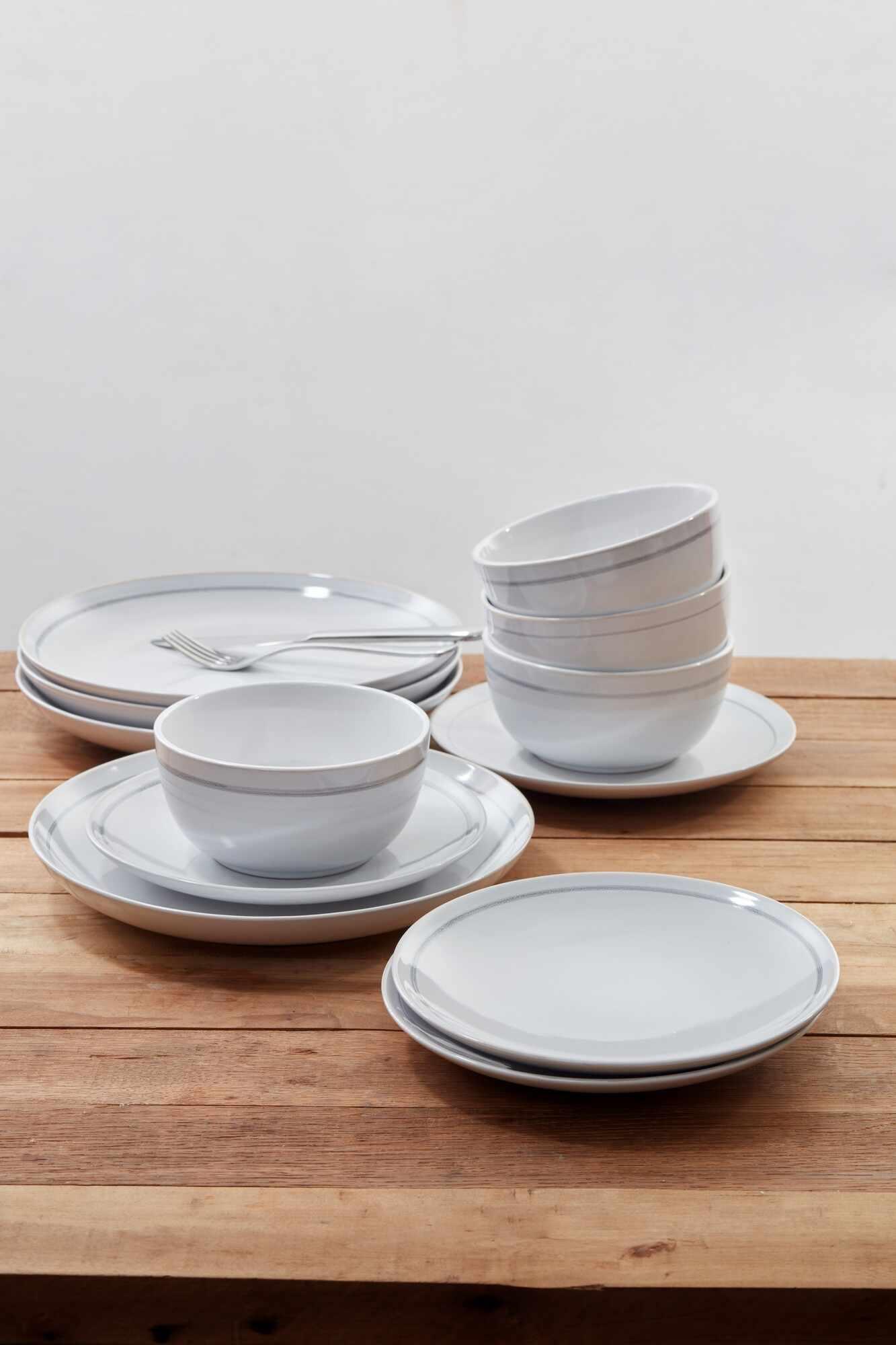 Set vesela Patine Stoneware, White, Jamie Oliver, 12 piese la pret 481 lei