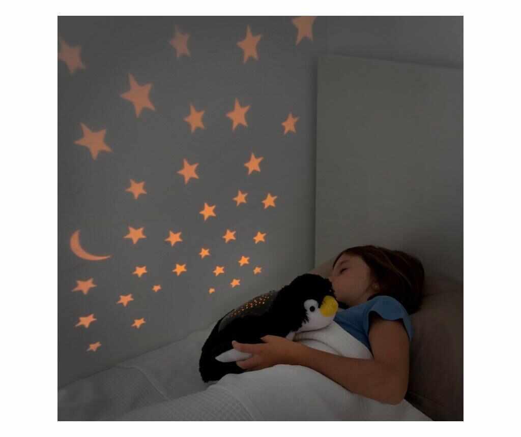 Lampa de veghe cu proiector Cuddly Penguin la pret 59.99 lei
