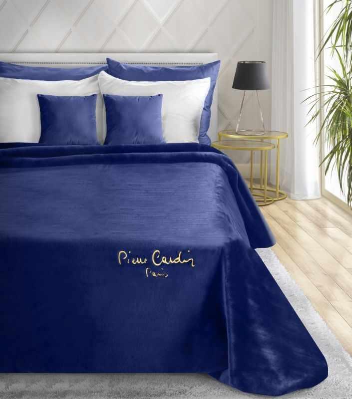 Patura Clara Pierre Cardin Albastru inchis, 160 x 240 cm la pret 536 lei