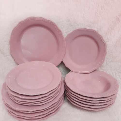 Set 18 farfurii Royal roz din ceramica la pret 329 lei