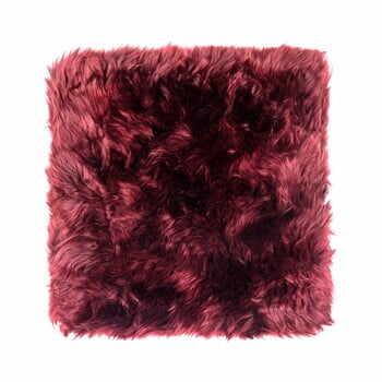 Pernă scaun din blană de oaie Royal Dream Zealand, 40 x 40 cm, roșu la pret 177 lei