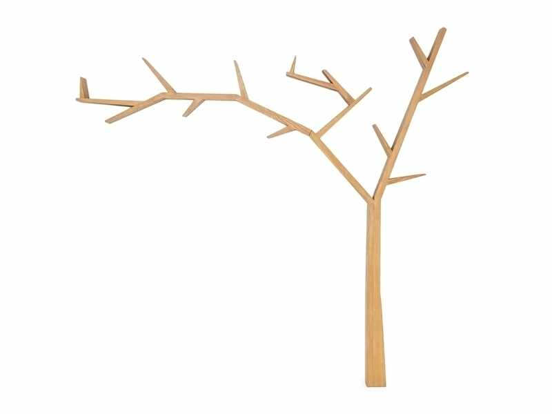 Raft din lemn de pin Poprad Tree Left Natural, l255xA15xH220 cm