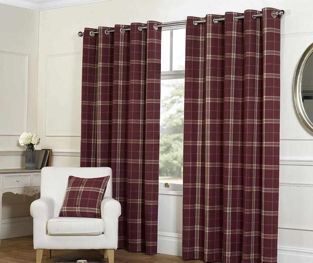 Set 2 draperii Plaid Check Raspberry 229x274 cm la pret 319.99 lei