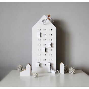 Calendar advent cu detalii argintii Unlimited Design for kids la pret 197 lei