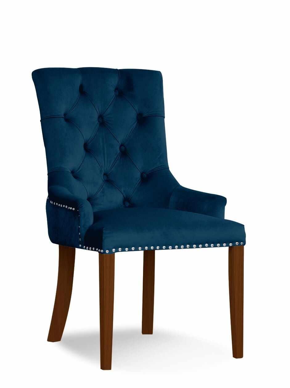 Scaun tapitat cu stofa si picioare din lemn August Velvet Bleumarin / Nuc, l59xA70xH96 cm la pret 1265 lei