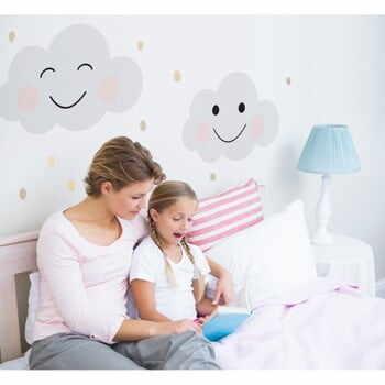 Autocolant pentru perete Dekornik Clouds Smile la pret 211 lei