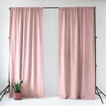 Draperie din in cu tunel de prindere Linen Tales Night Time, 250x140cm, roz deschis la pret 478 lei