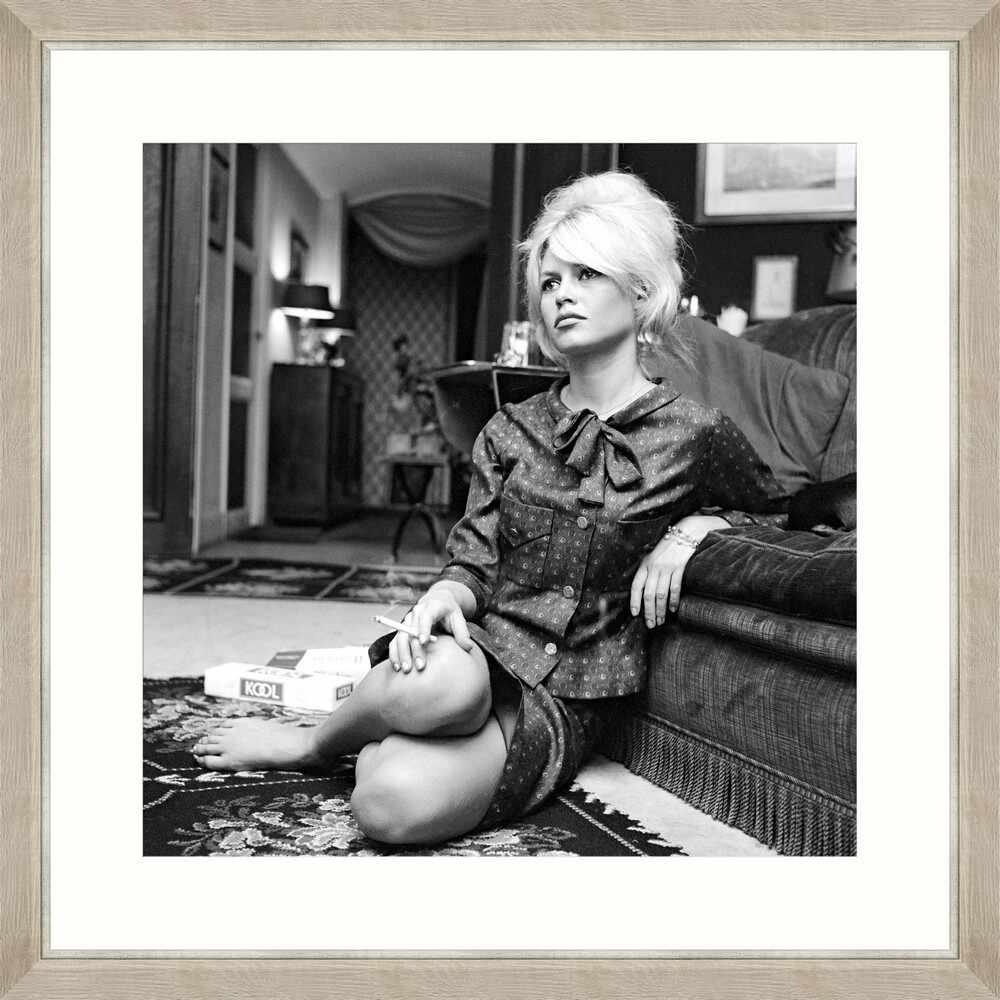 Tablou Framed Art Brigitte Bardot  la pret 690 lei