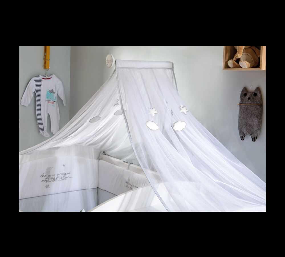 Baldachin Decorativ pentru patut Baby Cotton Alb la pret 260 lei