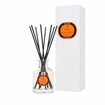 Difuzor de parfum Parks Candles London, aromă de portocale, cedru și cuișoare, 8 săptămâni la pret 176 lei