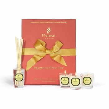 Set cadou Parks Candles London, aromă de grapefruit și iasomie la pret 201 lei