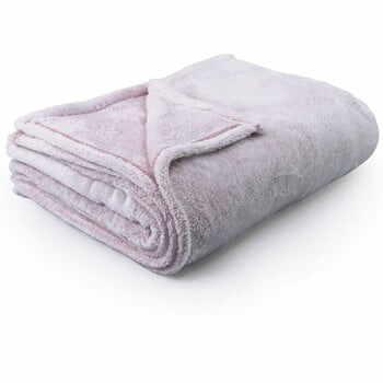 Pătură din microfibră DecoKing PowderPink, 170 x 210 cm, roz deschis la pret 167 lei