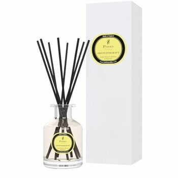 Difuzor de parfum Parka Candles London, aromă de tei și mimoză, 8 săptămâni la pret 173 lei