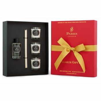 Set cadou Parks Candles London, aromă de fructe de pădure la pret 193 lei