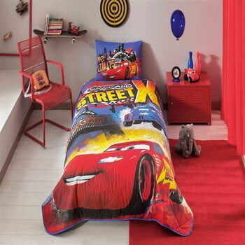 Set cuvertură și față de pernă din bumbac Disney Cars Nitroade, 160 x 220 cm la pret 329 lei