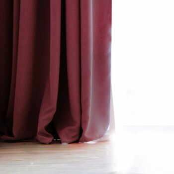Draperie DecoKing Pierre, 140 x 270 cm, vișiniu închis la pret 188 lei